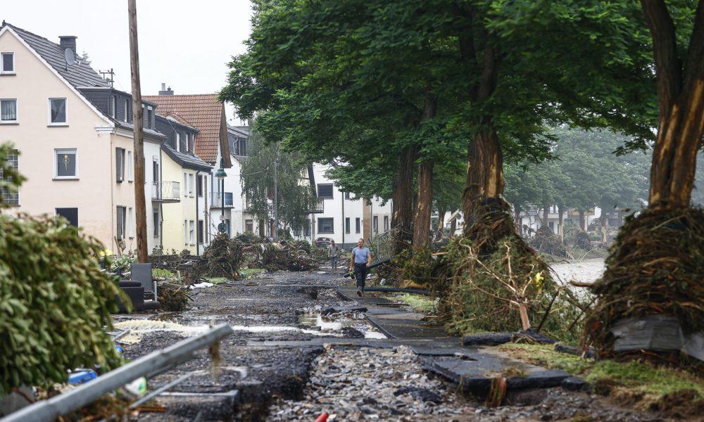 Almanya'daki sellerde hayatını kaybedenlerin sayısı artıyor