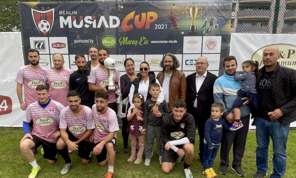 MÜSİAD Berlin futbol turnuvası düzenledi