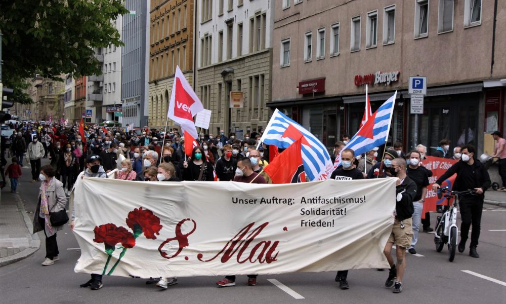 """Stuttgart'ta 8 Mayıs """"kurtuluş"""" mitingi: Faşizm ve savaş tehlikesi hâlâ sürüyor"""