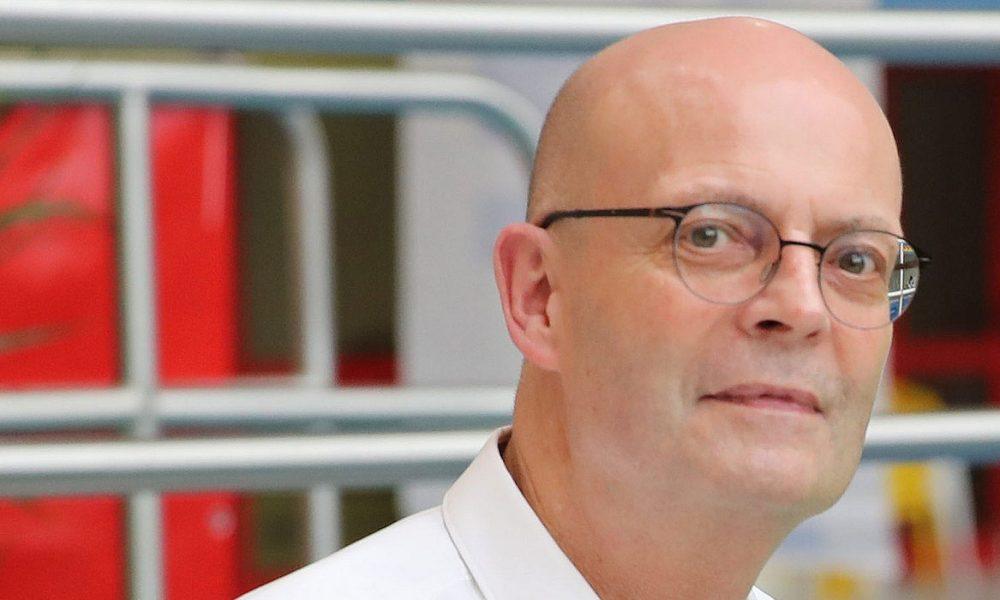 Sırasını beklemeden aşı olmuştu: Halle Belediye Başkanı görevden alındı