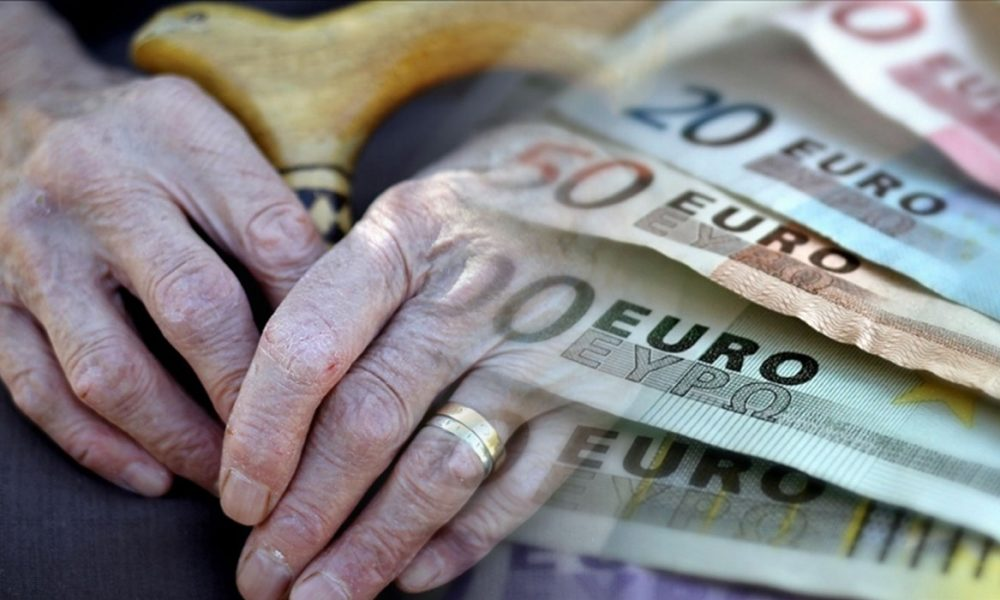 """Yurtdışı borçlanması ve emekli olacakların yaş sorunu, """"Hakkınız Var"""" programında"""