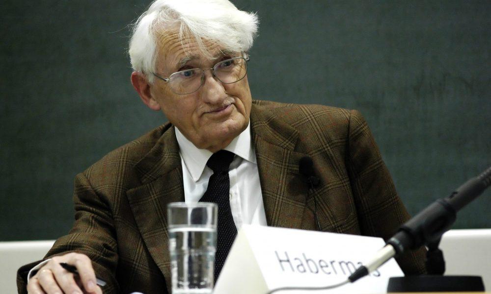 """Liberal solun """"son mesihi"""" de kandırılmış Filozof Habermas, Dubai ödülünü reddetti"""