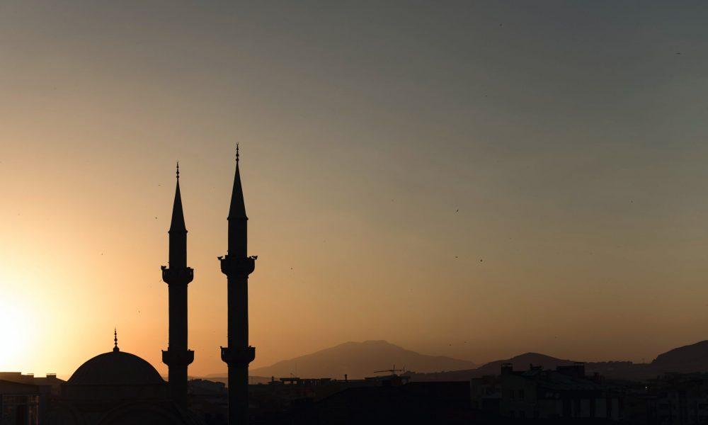 Yunanistan'da Türk köyündeki camiye astronomik para cezası!