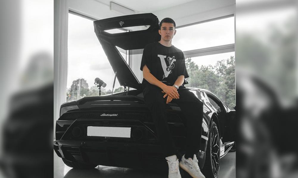 Pandemide e-ticaret rekoru kırdı: Stepan Timoshin erkek modasına yön veriyor