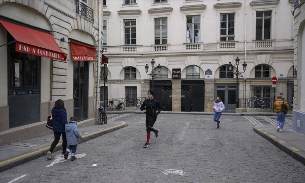 İspanya'da sokak eğlenceleri engellenemiyor