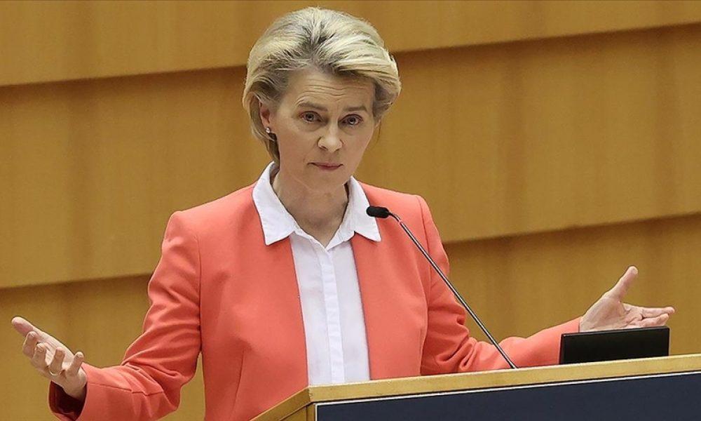 Ursula von der Leyen: AB ülkelerinde yetişkin nüfusun yarıdan fazlası aşılandı