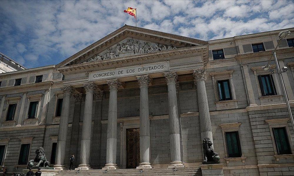 İspanya hükümeti kararlı: Bazı devlet kurumları başkent dışına çıkarılıyor