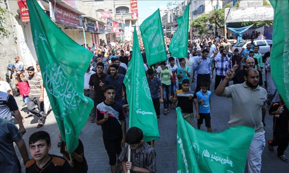 Berlin'den mesaj: Hamas bayrağı ve sembollerinin kullanımı yasaklandı