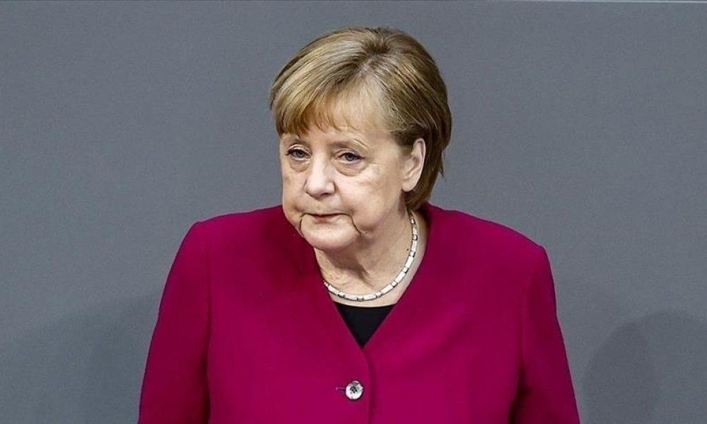 """Merkel'in son yaz toplantısı: """"Türkiye ile çok iyi ilişkiler olması için çaba sarf ediyorum"""""""