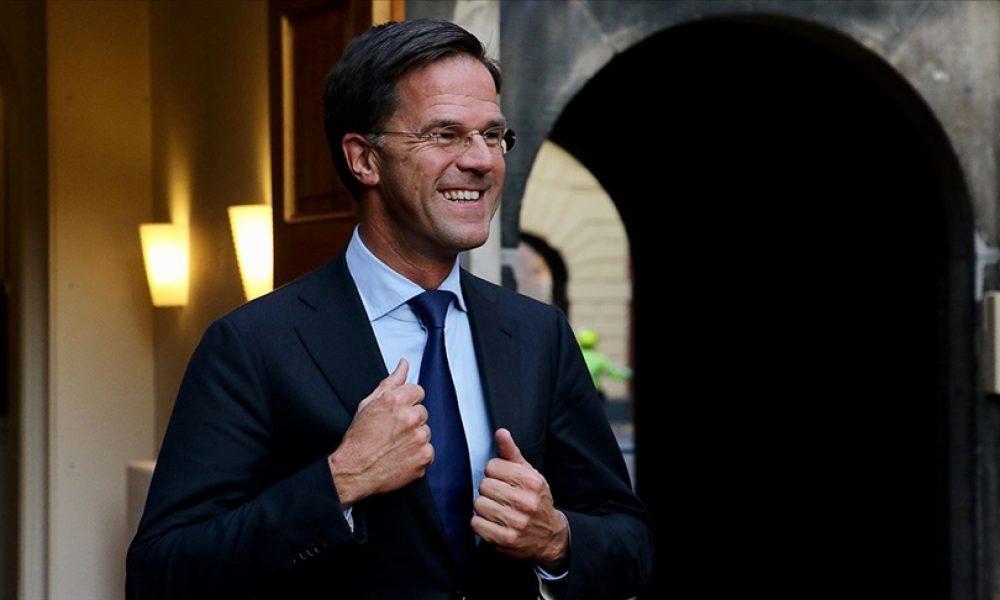 Erken gevşeme yüzünden: Hollanda Başbakanı Rutte halktan özür diledi