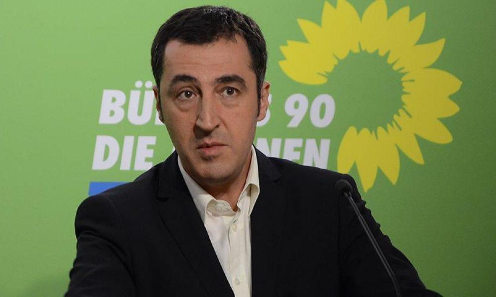 """Cem Özdemir'den karalama kampanyası suçlaması: """"Erdoğan kuşkusuz Yeşiller'i seçmezdi"""""""