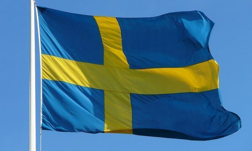 İsveç'te komplo teorileri ve korona protestoları gündemde: Gözaltılar var