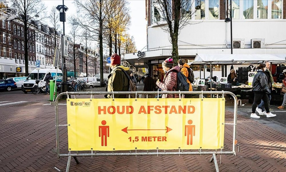 Hollanda'da Covid-19 kısıtlamaları: Gevşemede ikinci aşamaya 19 Mayıs'ta geçilebilecek
