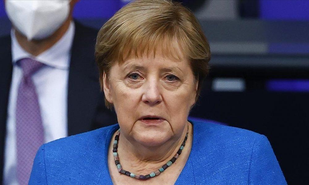 """Merkel, AB'nin Türkiye sorumlusu gibi: """"Diyalog gündemini hızla hayata geçirmeliyiz"""""""