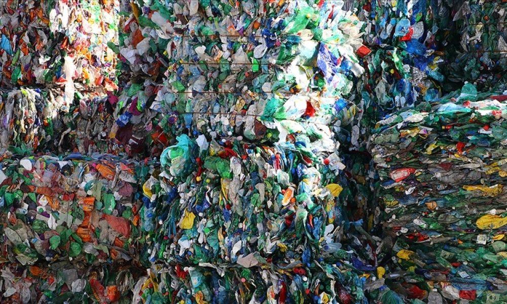 Tek kullanımlık plastik atık: Yarısından fazlasının arkasında 20 şirket var