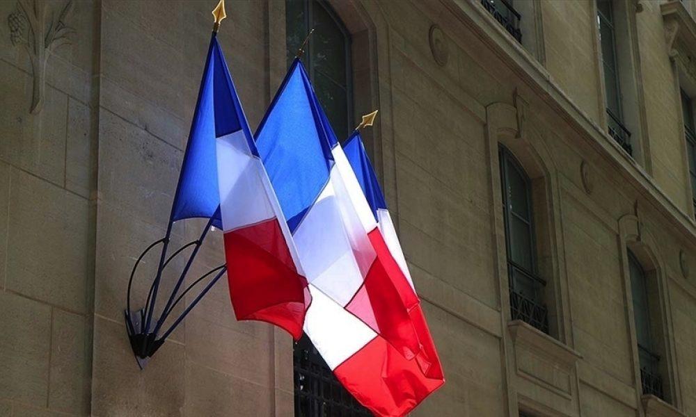 Paris'ten İngiltere'ye Covid-19 karantina zorunluluğuna