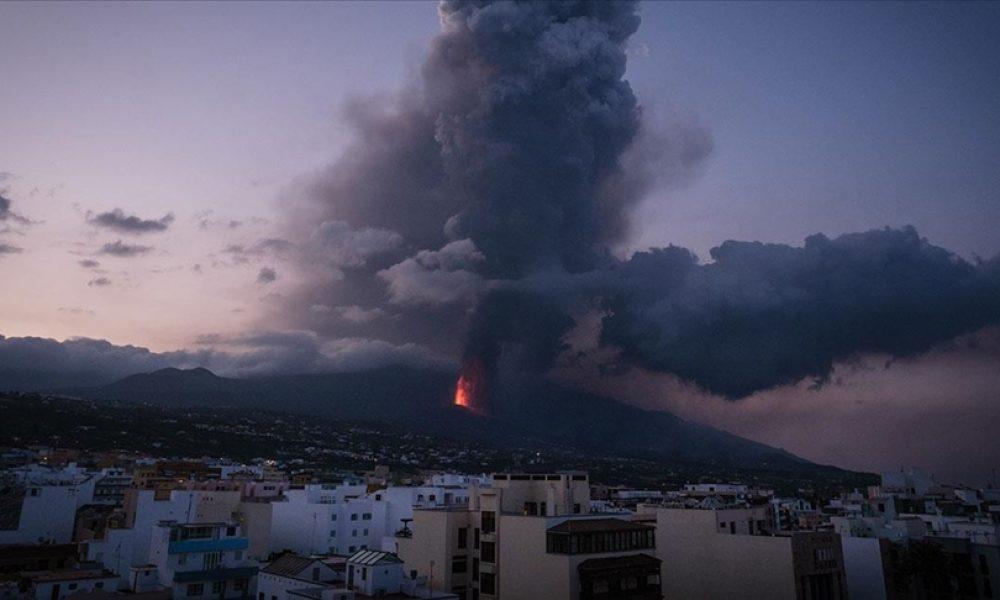 La Palma'da yanardağın püskürttüğü lavlar 11 günde 656 evi kül etti