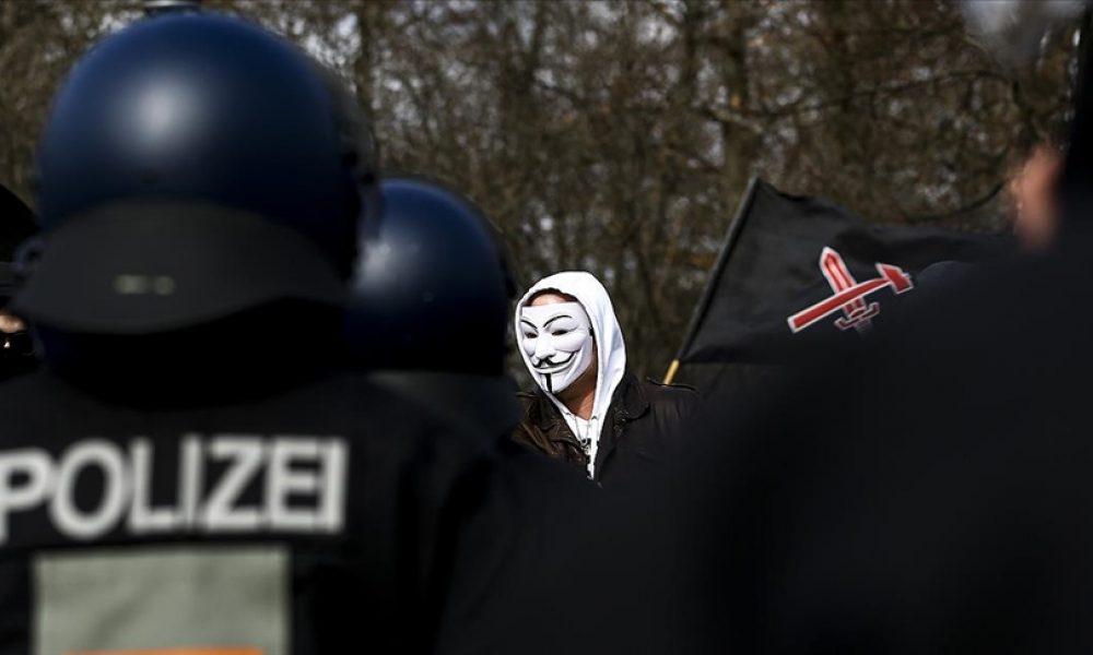 Tehlike giderek büyüyor: Almanya'da aşırı sağcı sayısı 33 bini aştı