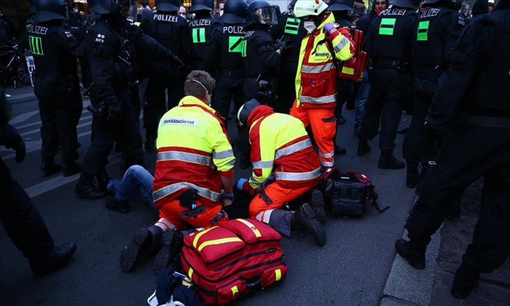 Berlin'deki 1 Mayıs olaylarında AA muhabirleri yaralandı