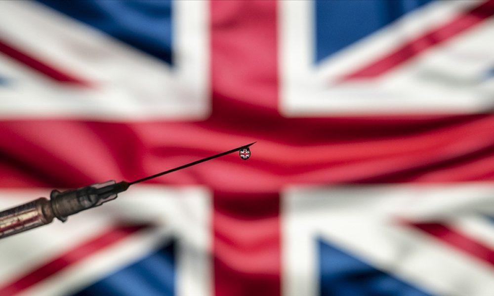 İngiltere'de aşılama: Yetişkinlerin yüzde 75'ine ilk doz yapıldı