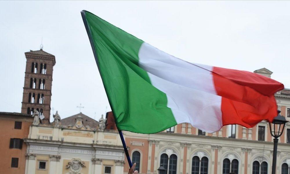 Avrupa Futbol Şampiyonası öncesi: İtalya oyuncularını aşılamaya başladı