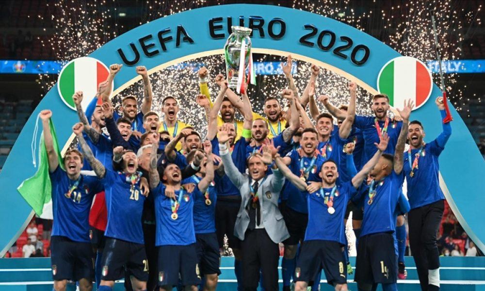 """İtalyan usulü zafer: """"Büyük Utanç""""tan Avrupa Şampiyonluğuna uzanan yol dillerde"""