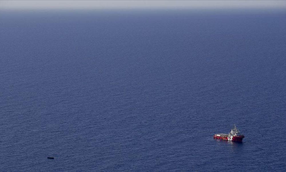 İtalya'nın Lampedusa Adası açıklarında göçmen teknesi battı: 7 ölü