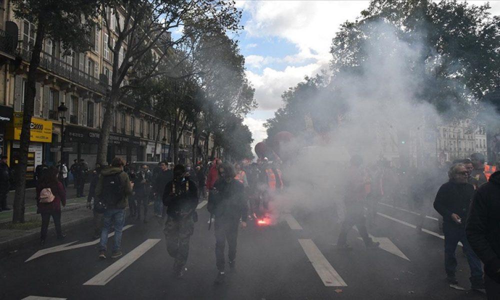 Macron ve sosyal politikaları protesto edildi: Paris zor durumda