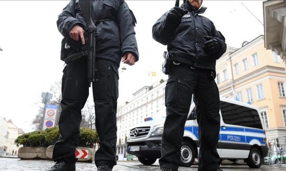 Hessen eyaletinde soruşturma derinleştikçe aşırı sağcı polis sayısı artıyor: Bu da başka bir virüs