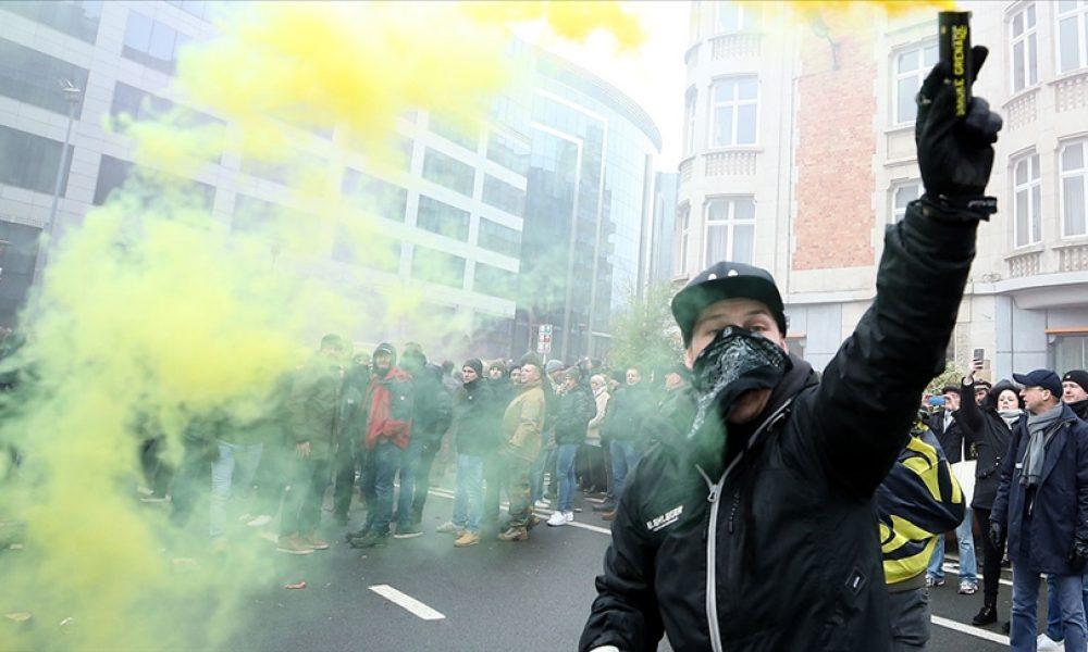 "Brüksel'de ""kağıtsızlardan"" oturum izni protestosu"