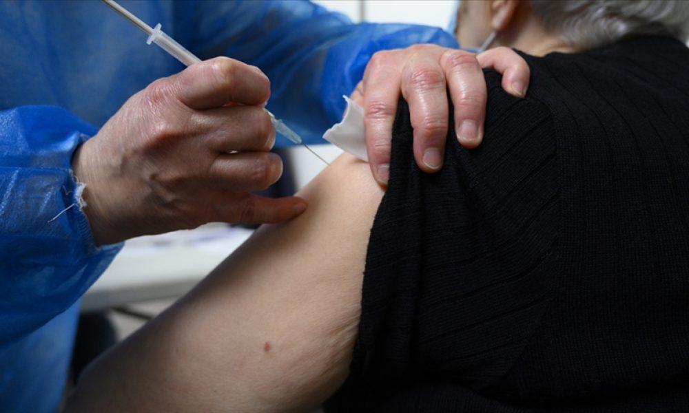 Almanya'da nüfusun yüzde 55'i ilk aşıyı oldu