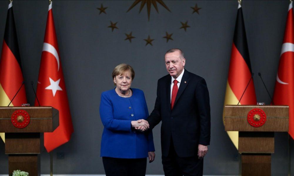 Almanya-Türkiye ilişkilerinde zor zaman sinyalleri: Merkel'den sonra tufan mı?