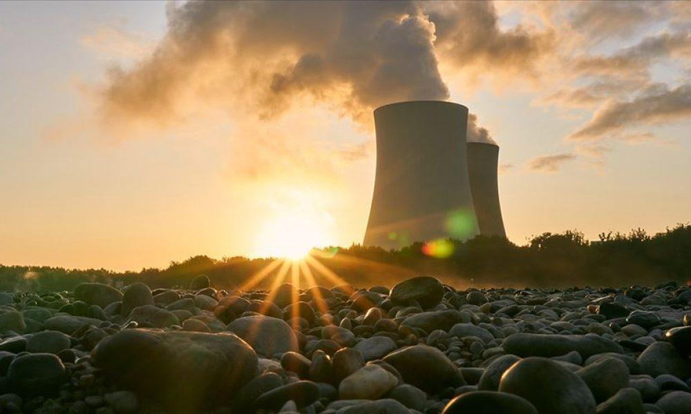 """Almanya'da """"sıfır karbon"""" kullanımı tarihi öne alındı"""