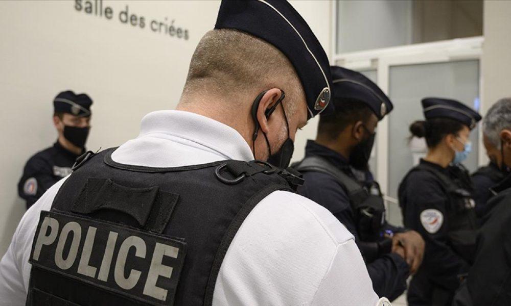 Fransa'da 35 bin polisin tepkisi: Macron yönetimi giderek sıkışıyor