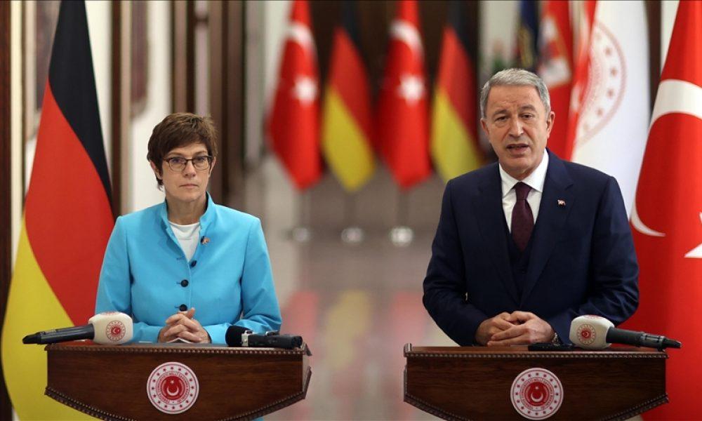 Berlin'in lisans ihraç kısıtlaması, ciddi sorun: Almanya, Türkiye ile savunma politikalarını konuştu