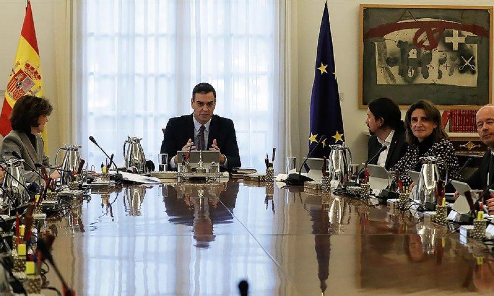 Tutuklu Katalan siyasilere af çıkarıldı: İspanyol siyaseti iki parça halinde yeni bir denge arıyor