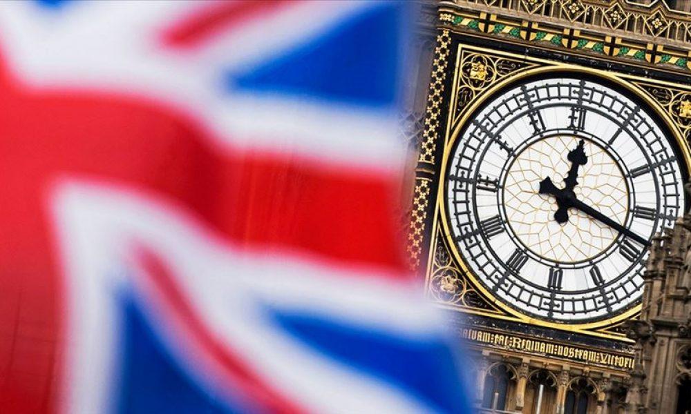 Salgınla mücadele: İngiliz hükümeti 372 milyar sterlin harcadı