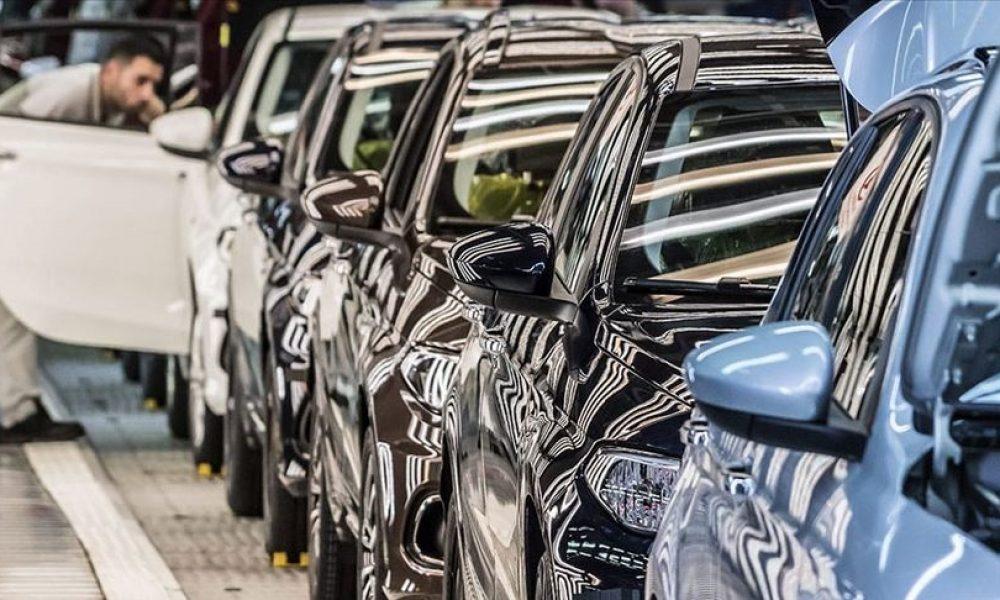 Almanya'da iklim muharebeleri: Çevre örgütleri otomobil devlerine dava açacak