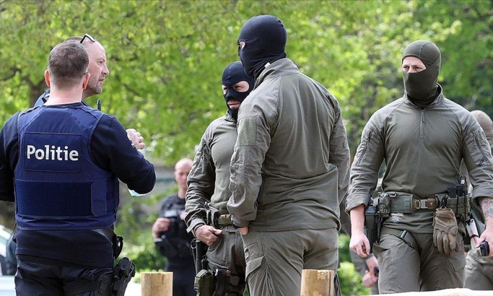 Firari ırkçı asker için Hollanda ve Almanya da alarmda: Silahlı ve aranıyor
