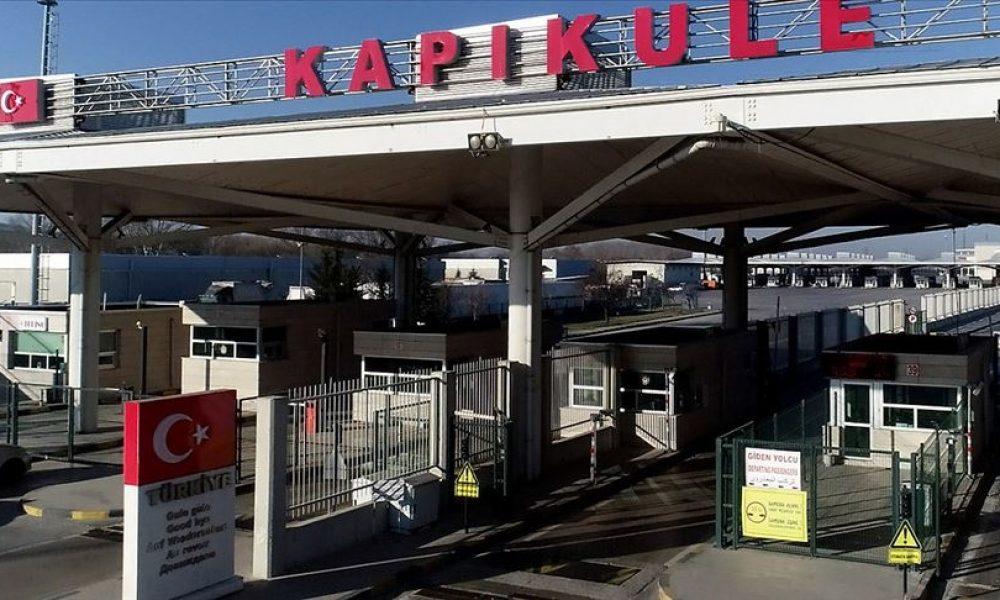 Yanınızda bal, zeytinyağı, peynir varsa dikkat: Türkiye'den dönenlere ağır cezalar
