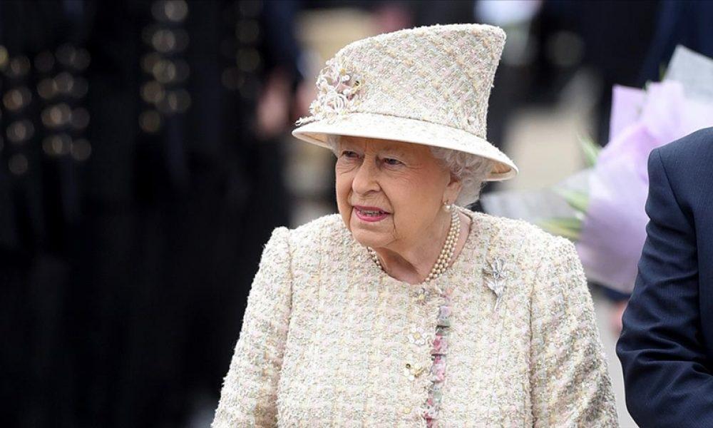Oxford Üniversitesi öğrencileri Kraliçe'nin portresini kaldırdı: Sömürgeci geçmişi hatırlatıyor