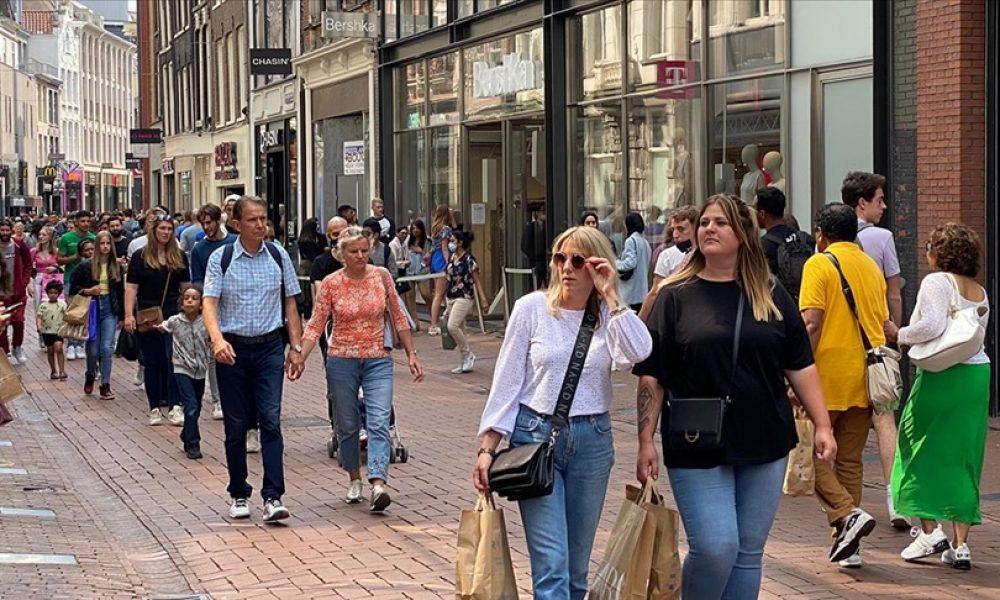 Hollanda'da bir dizi kısıtlama 25 Eylül'de kaldırılıyor