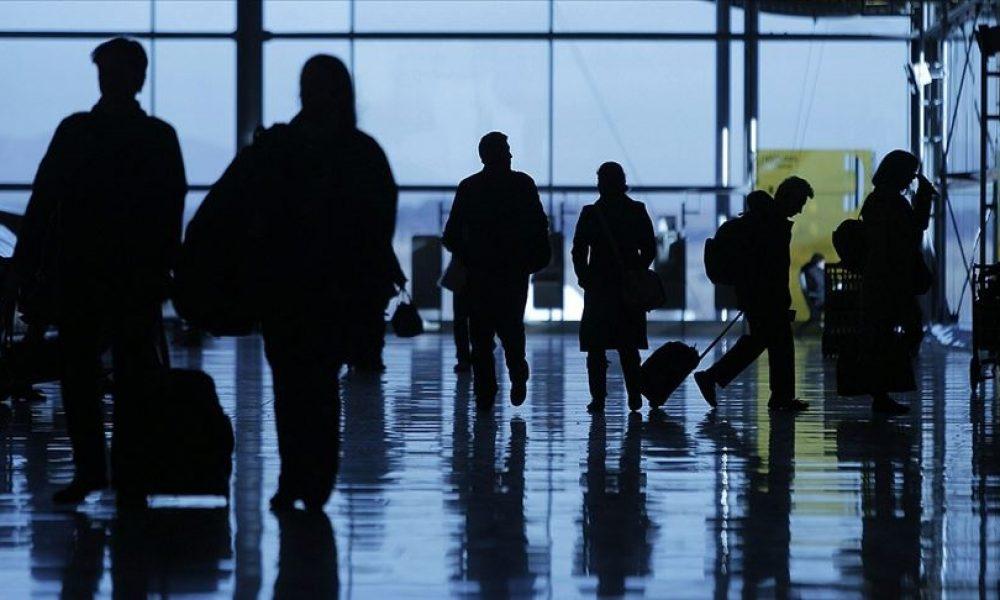 Türkiye'den Almanya'ya gelen yolcular: Negatif test sonucu gösterenlere karantina yok